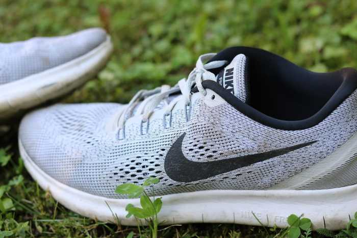 pretty nice 187b6 7dfb7 15 Best Cross Training Shoes for Flat Feet In 2019 -